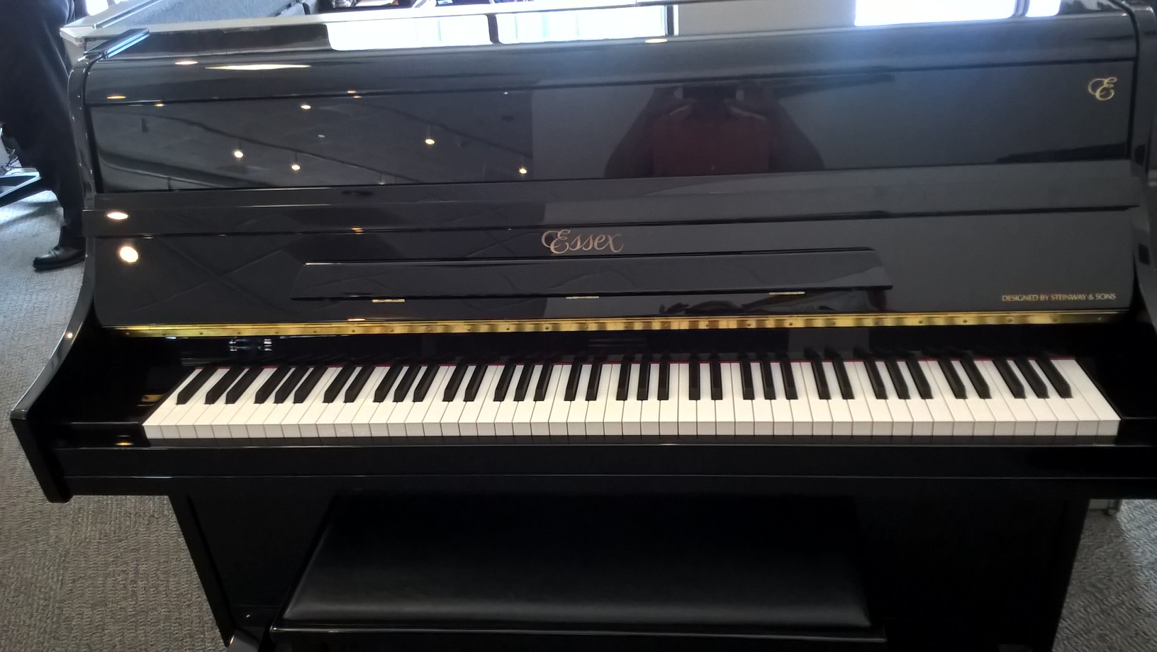 Used Steinway-Designed Essex console piano