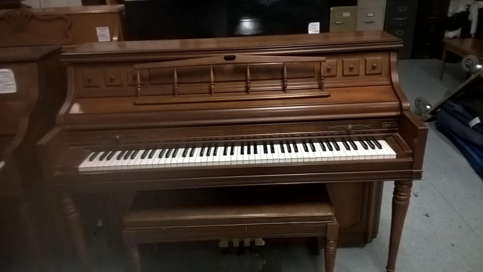 Used Kimball Console Upright Piano