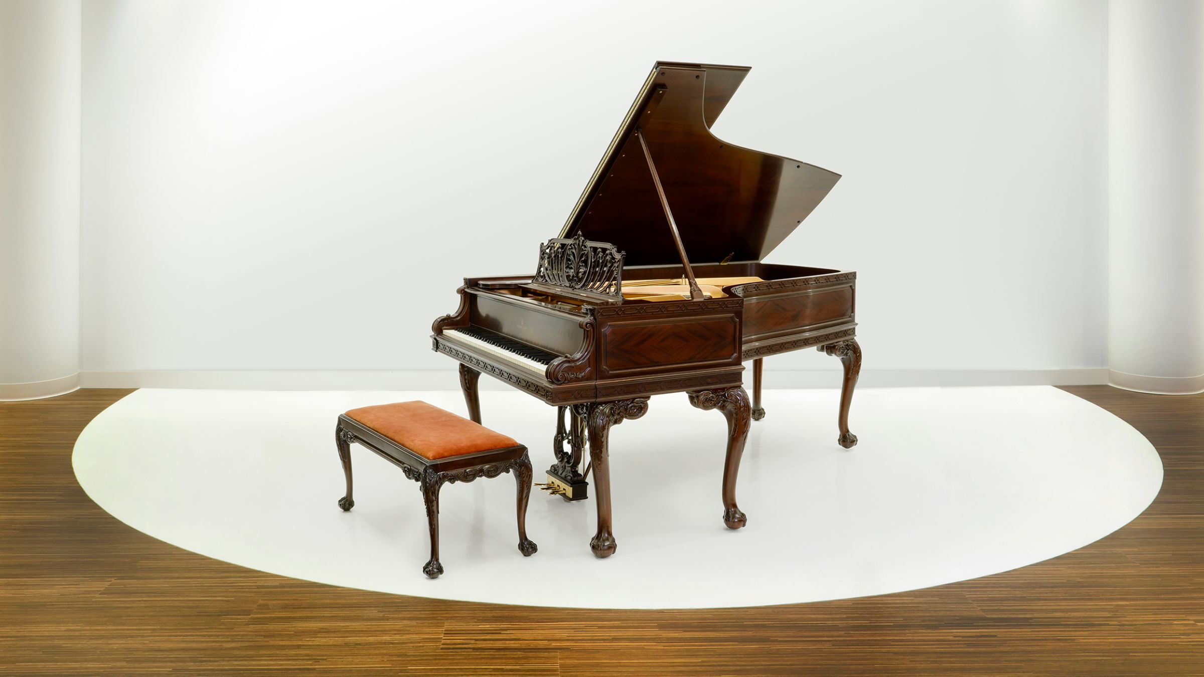 Steinway & Sons 200,000
